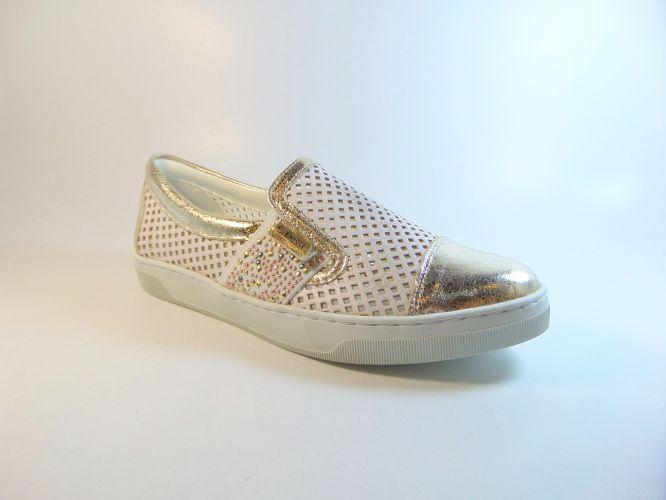 Mantrani cipő webshop  616004f8c5